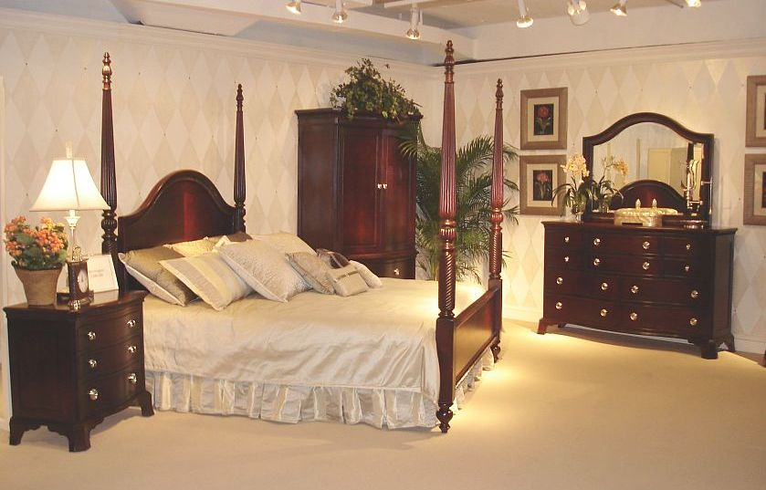 Antique-bedroom-style