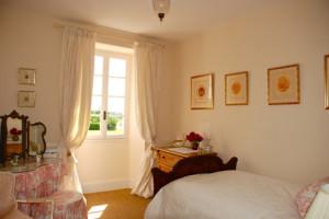 Single-bedroom