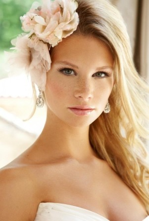 beach-wedding-hairstyle