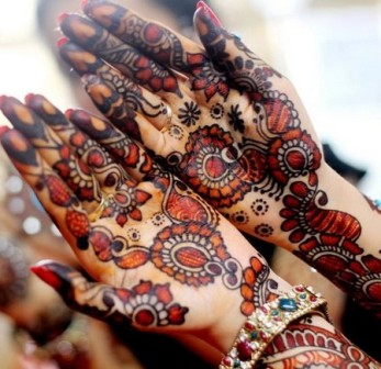 black-mehandi-design