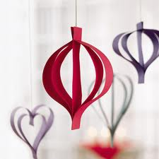 christmas-decorations-with-paper