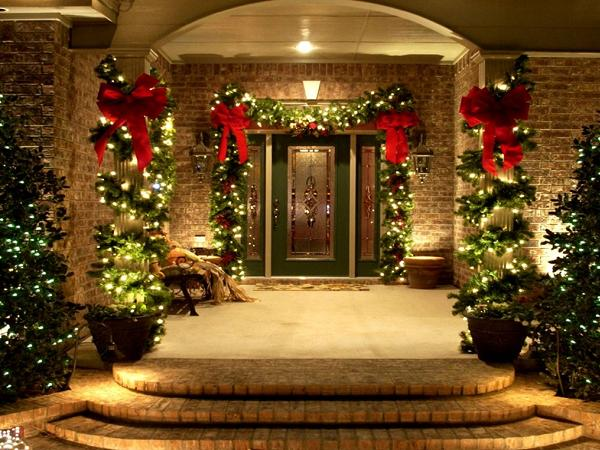 christmas door decorations - Different Christmas Decorations Ideas