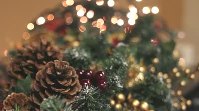 twinkling-christmas-decorations