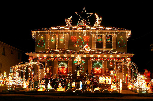 Outdoor-Christmas-Decorations-2
