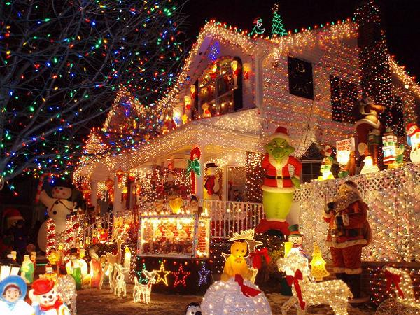 animated-outdoor-christmas-decorations