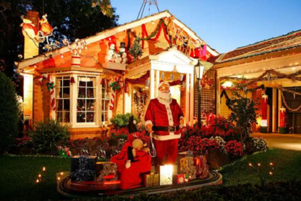 christmas house decorations