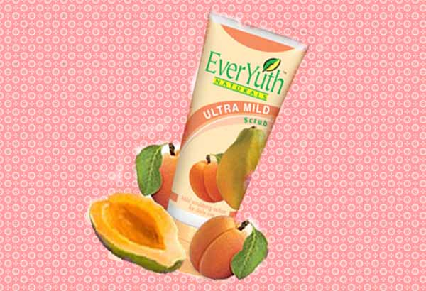 Everyuth mild scrub for sensitive skin 1