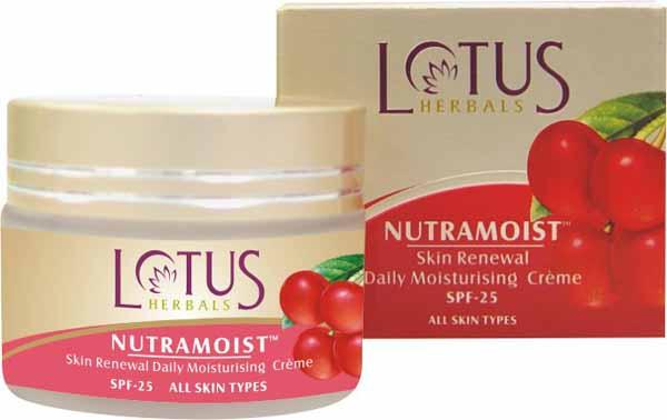 Lotus Herbals Nutramoist Skin Renewal Daily Moisturizing Cream