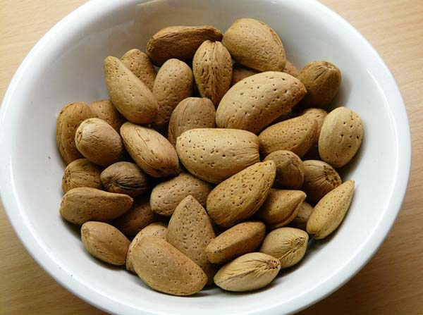 weight-loss-almonds