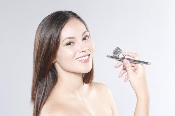 airbrushh makeup technique