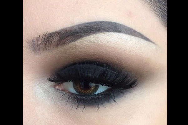 small eye makeup smokey eyes