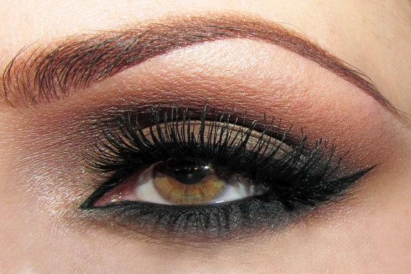 makeup tips and tricks smokey eyes