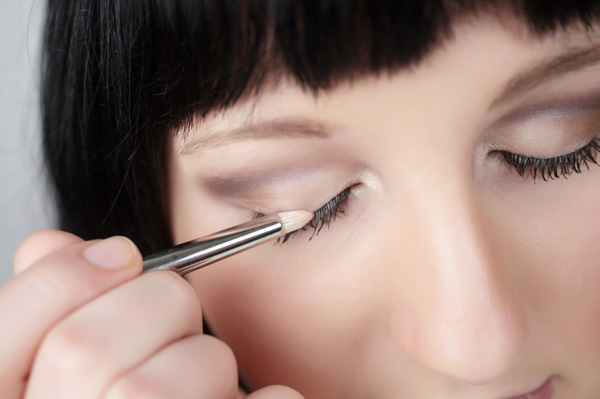 smokey eye makeup eye shadow application