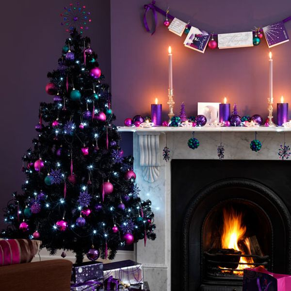 Bold Purple Christmas Tree Décor For Living Room