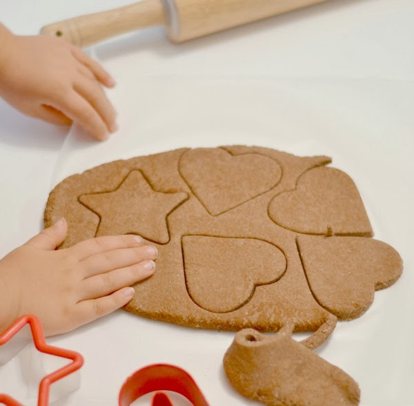 Cinnamon Scented Christmas Ornaments For Kids