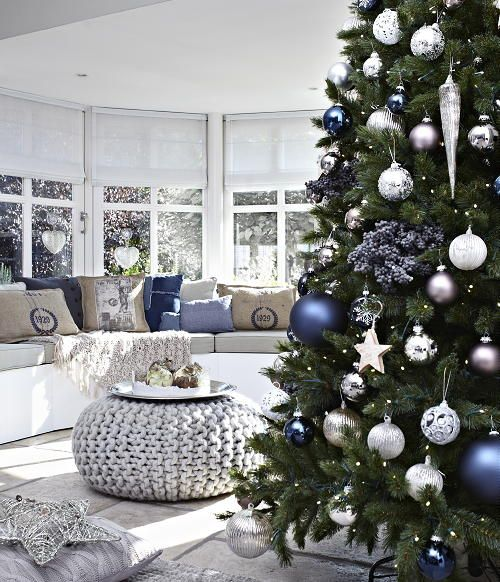 50 stunning christmas decorations for your living room - starsricha