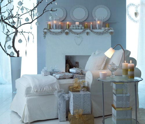 Minimal In White And Gold Christmas Living Room