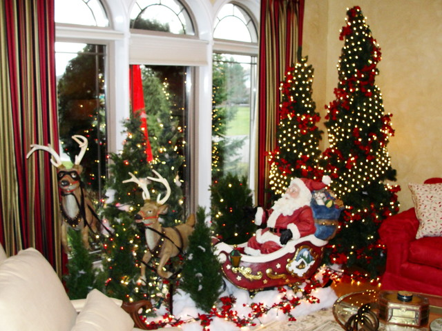 christmas decorations ideas for living room. Santa On The Sleigh Amidst Pine Trees 50 Stunning Christmas Decorations For Your Living Room  Starsricha