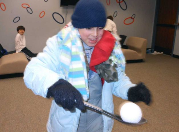 Snowball On A Spoon Game