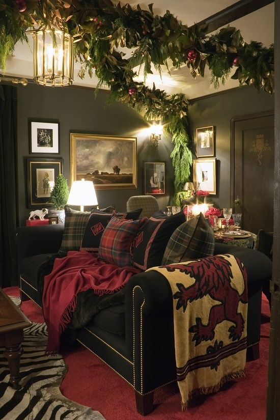 The Bachelor's Living Room For Christmas